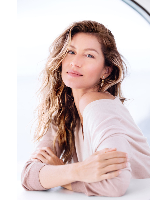 Gisele Bundchen is the new face of Dior Capture Totale
